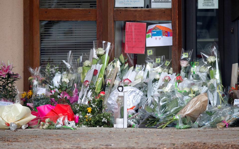 Γαλλία: Νέα στοιχεία για τη βάρβαρη δολοφονία του καθηγητή