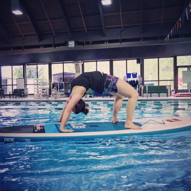 SUP Yoga - Bridge Pose
