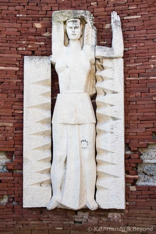 Three Generations Monument Perushtitsa Bulgaria-5