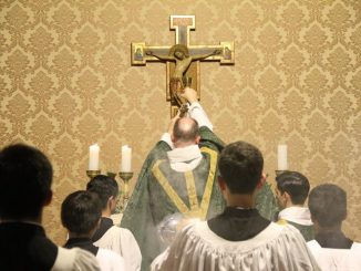 Ciudad del Este: Aufhebung der Priestergemeinschaft St. Johannes (CSSJ) durch Bischof Steckling.