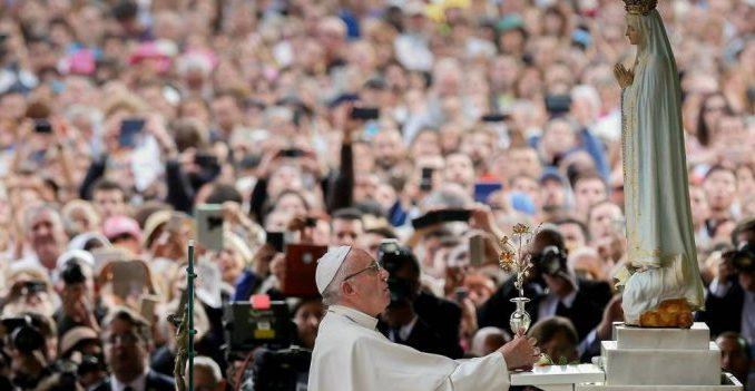 Papst Franziskus in Fatima: Die Neuinterpretation der Botschaft von Fatima nach den soziologischen Kategorien von Papst Bergoglio hat wenig mit dem zu tun, was die Gottesmutter 1917 ankündigte.