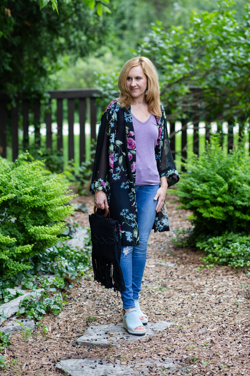 Being kimono cool in florals with this casual summer look.