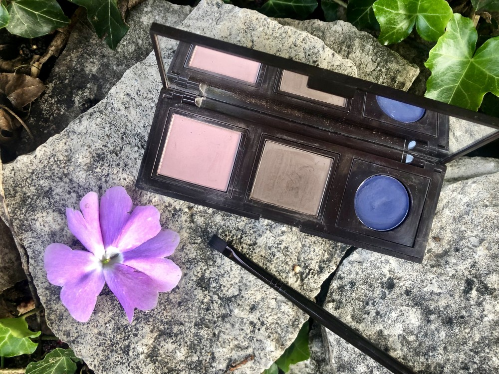 Laura Mercier 3 Pan Compact featuring Cashmere and Cocoa Matte Eye Shadows