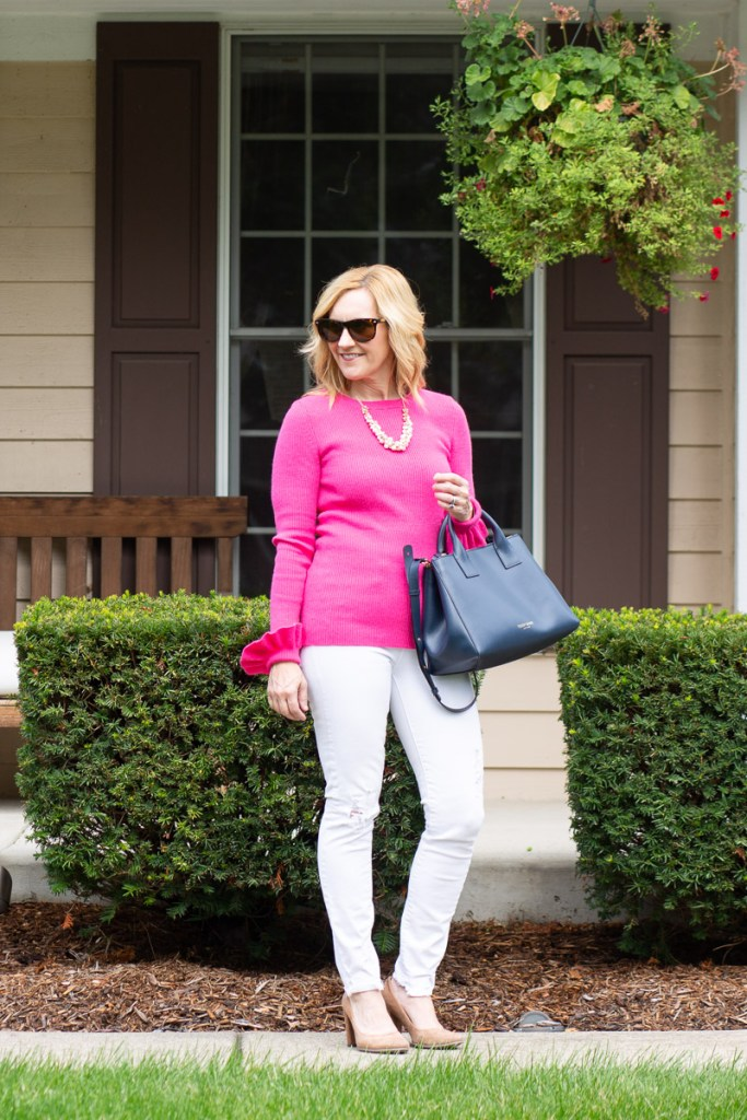 Adding some Teddy Blake handbag love to this casual chic look.