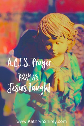 Not sure what to pray? The ACTS method of prayer will help you get started. Learn how to pray with the ACTS prayer model. (+ free printable prayer cards)