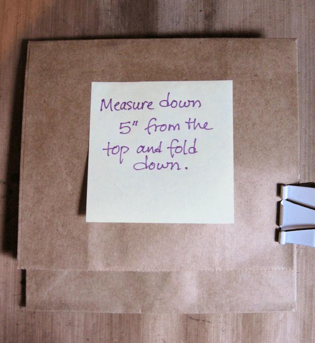 Paper Bag Gift Pocket Tutorial 02