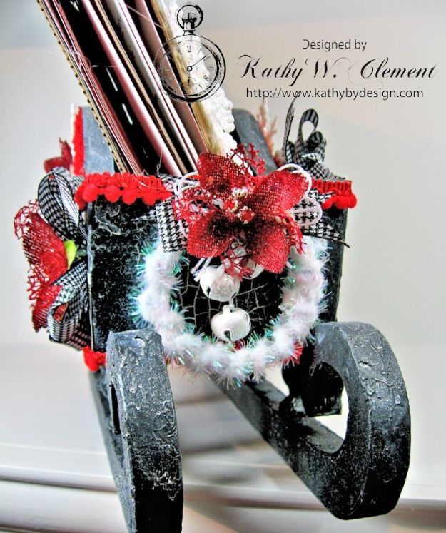 Santas sleigh recipe holder for CCB 05