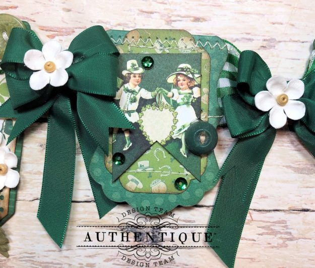 Authentique Clover Eileen Hull House/Pocket Stitchlits Dies St. Patrick's Day Banner Kathy Clement Kathy by Design Photo 06