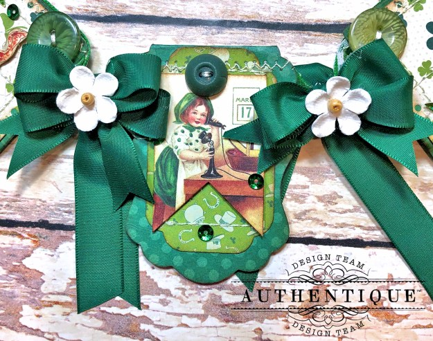 Authentique Clover Eileen Hull House/Pocket Stitchlits Dies St. Patrick's Day Banner Kathy Clement Kathy by Design Photo 07