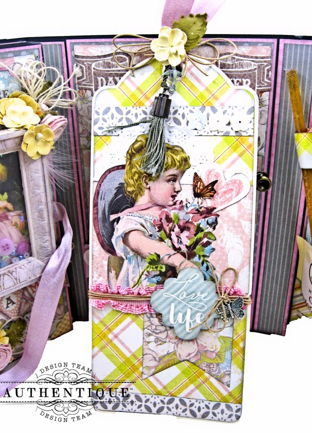Authentique Dreamy Folio Tutorial Eileen Graphic 45 Large Ivory Tag Kathy Clement Kathy by Design Photo 11