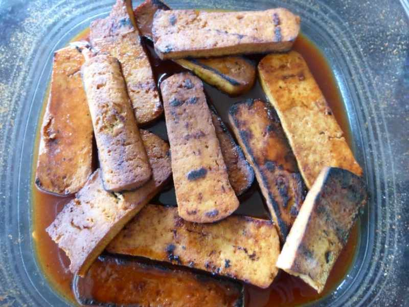 the-perfect-pressed-tofu-for-grilling-5 Vegan Spicy Thai Drunken Noodles with Seared Tofu