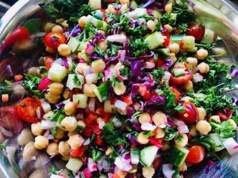 IMG_9572-300x225 Skinny Vegan Rainbow Salad