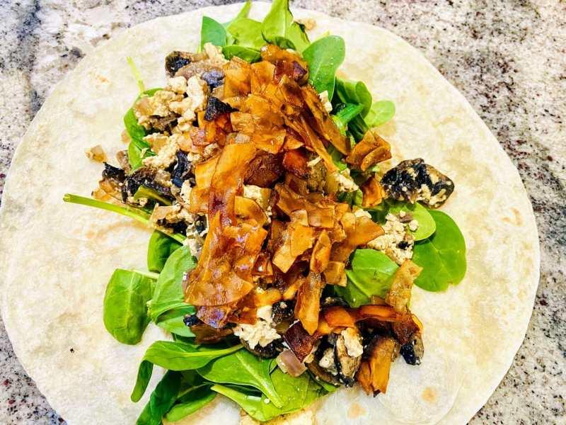 breakfast-burrito-step-3-1024x768 Vegan Breakfast Burrito