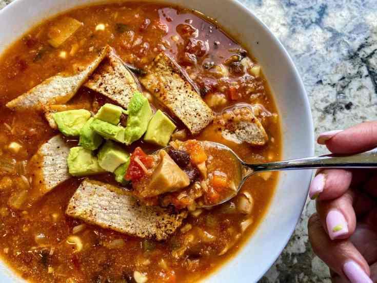 vegan-tortilla-soup-735x551 Vegan Tortilla Soup