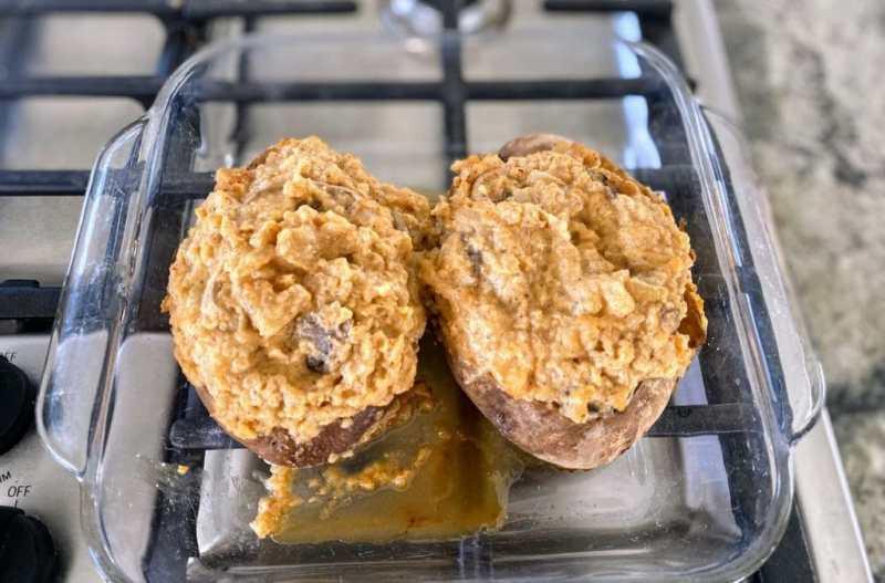 baked cheesy twice baked potatoes