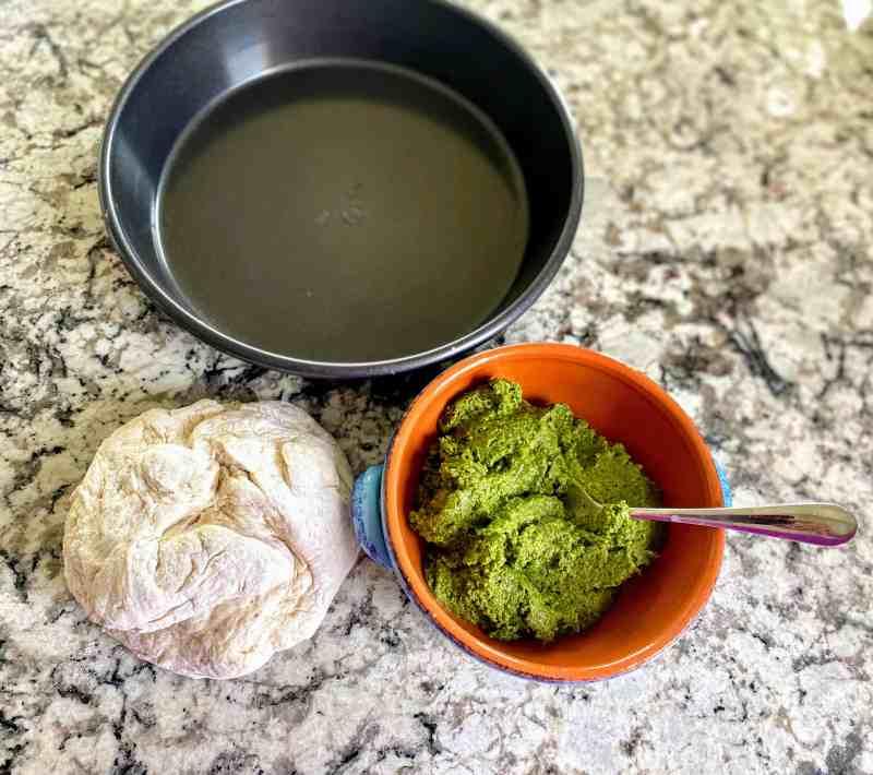 pesto bread ingredients