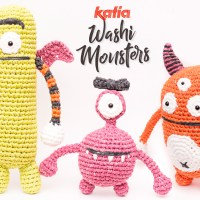 3 monstrous amigurumi to crochet with Katia Washi this Halloween. Let's picnic with the Monstrous Family!