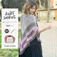 Chal calado Anat de El Club de la Calceta, un patrón a crochet con un diseño versátil ideal para llevar todo el año