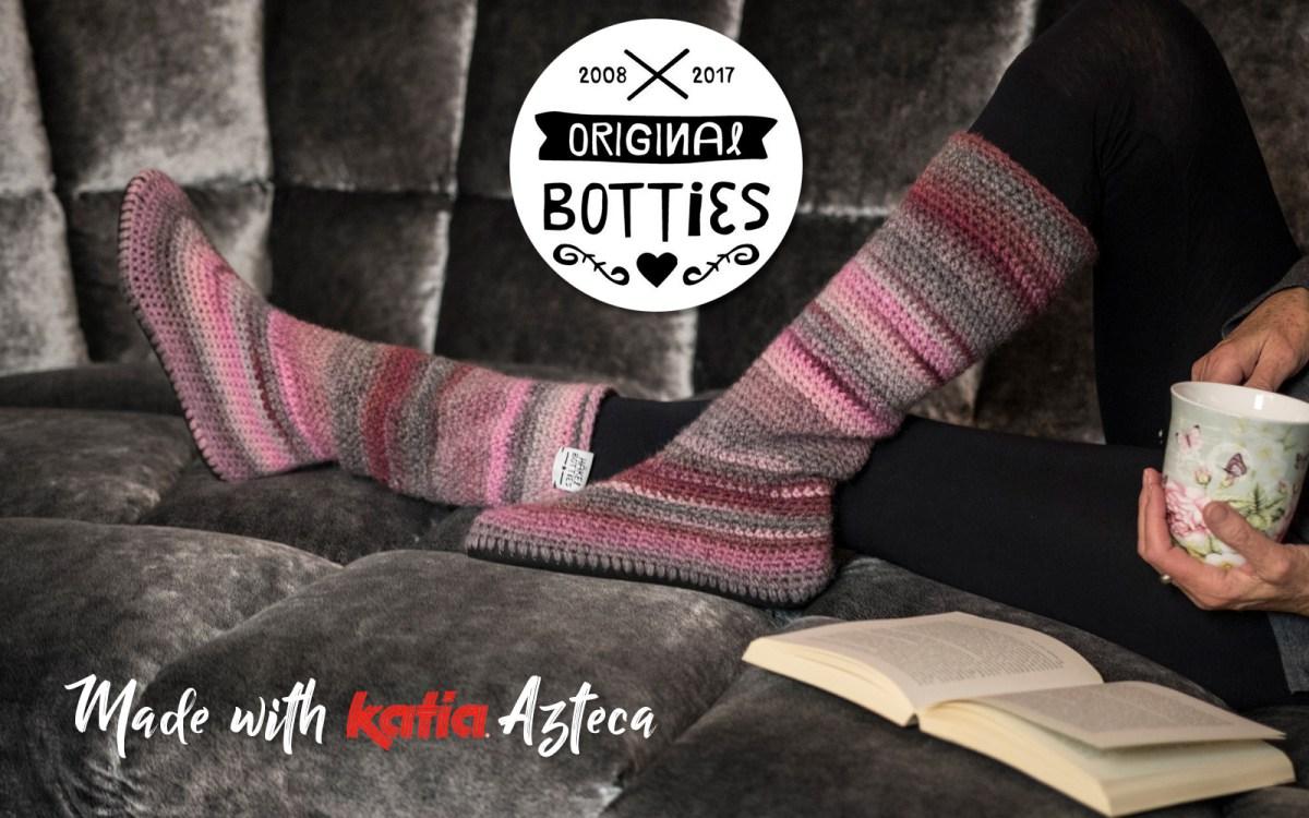 Botties ou comment crocheter un paire de bottes avec 2 pelotes de Katia. Etes-vous prête pour le coup de foudre?