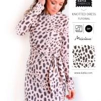 Modello gratuito di cucito e videotutorial per cucire un comodo vestito annodato