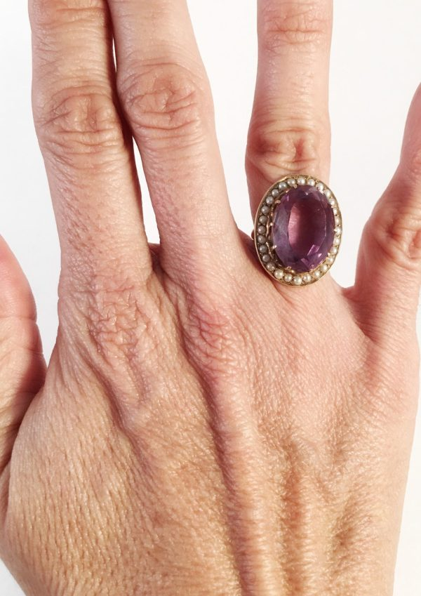 Amethyst and Seed Pearl Retro 14kt Yellow Gold Ring (Vintage)