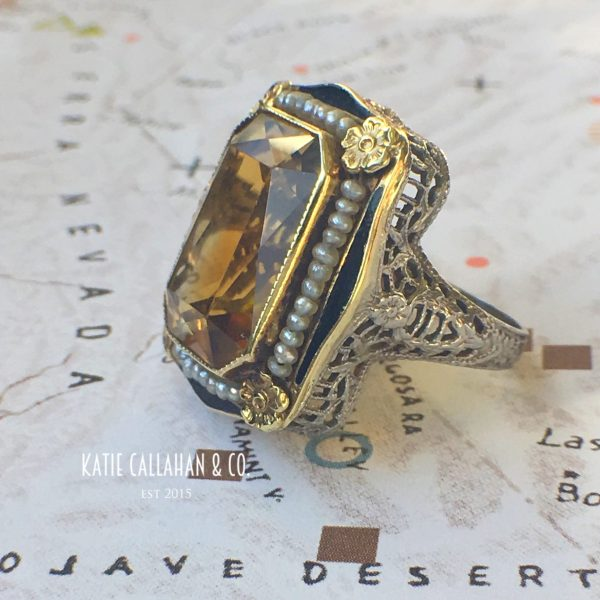 Art Deco Citrine, Seed Pearl and Enamel Yellow Gold Ring (Vintage)