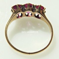 Rhodolite Garnet Three Stone 14kt Yellow Gold Retro Ring (Vintage)