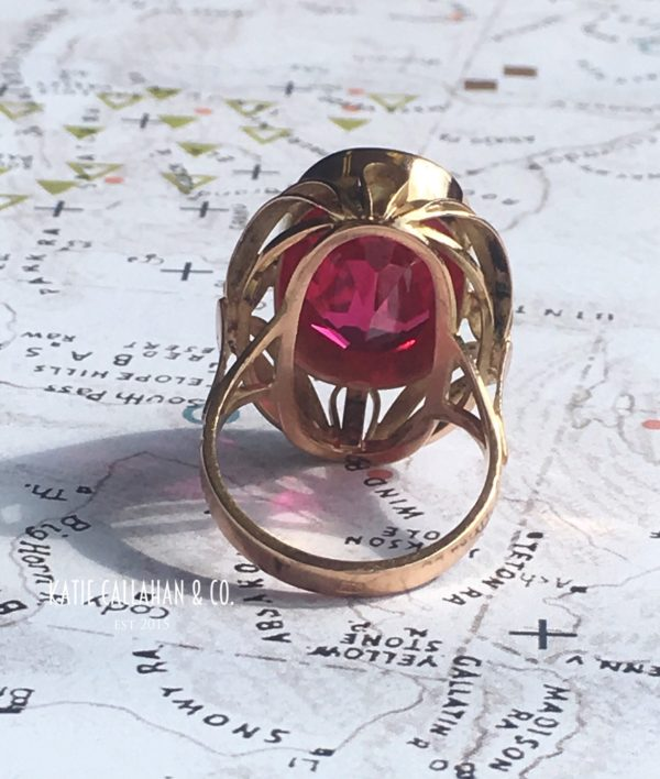 Impressive RetroMod 14kt Yellow Gold Ruby Ring (Vintage)