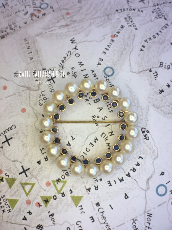 Retro Cultured Pearl and Sapphire Circle Brooch (Vintage)
