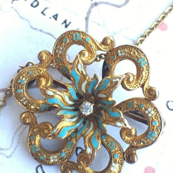 14kt Yellow Gold Victorian Enamel Flower Brooch/Pendant (Antique)