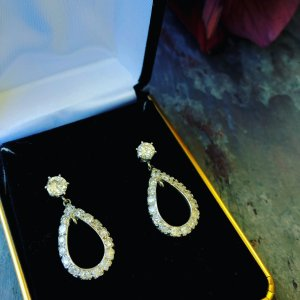 Retro Teardrop Diamond Earrings - 2.50ctw (Vintage)