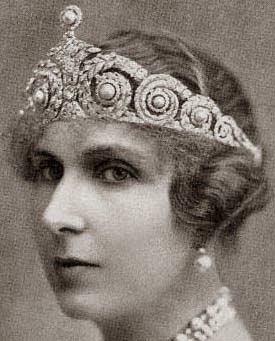 Royal Spanish Tiaras: Queen Ena's Pearl and Diamond Tiara