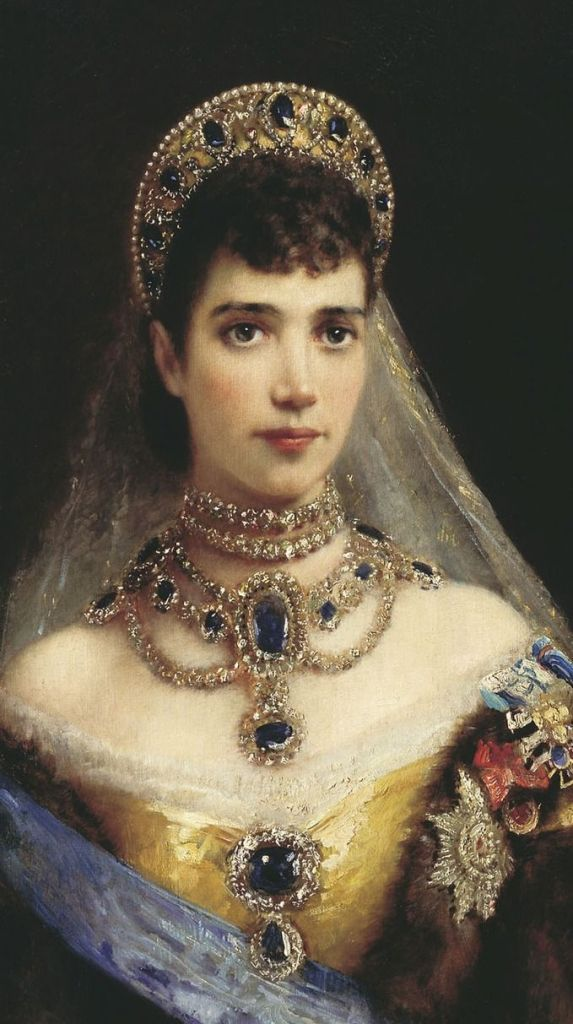 Empress Marie Feodorovna wearing many jewels, including The Sapphire Wave Tiara