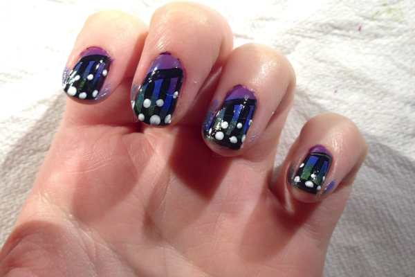 Nail Art: Butterfly Wings Design by Katie Crafts; https://www.katiecrafts.com