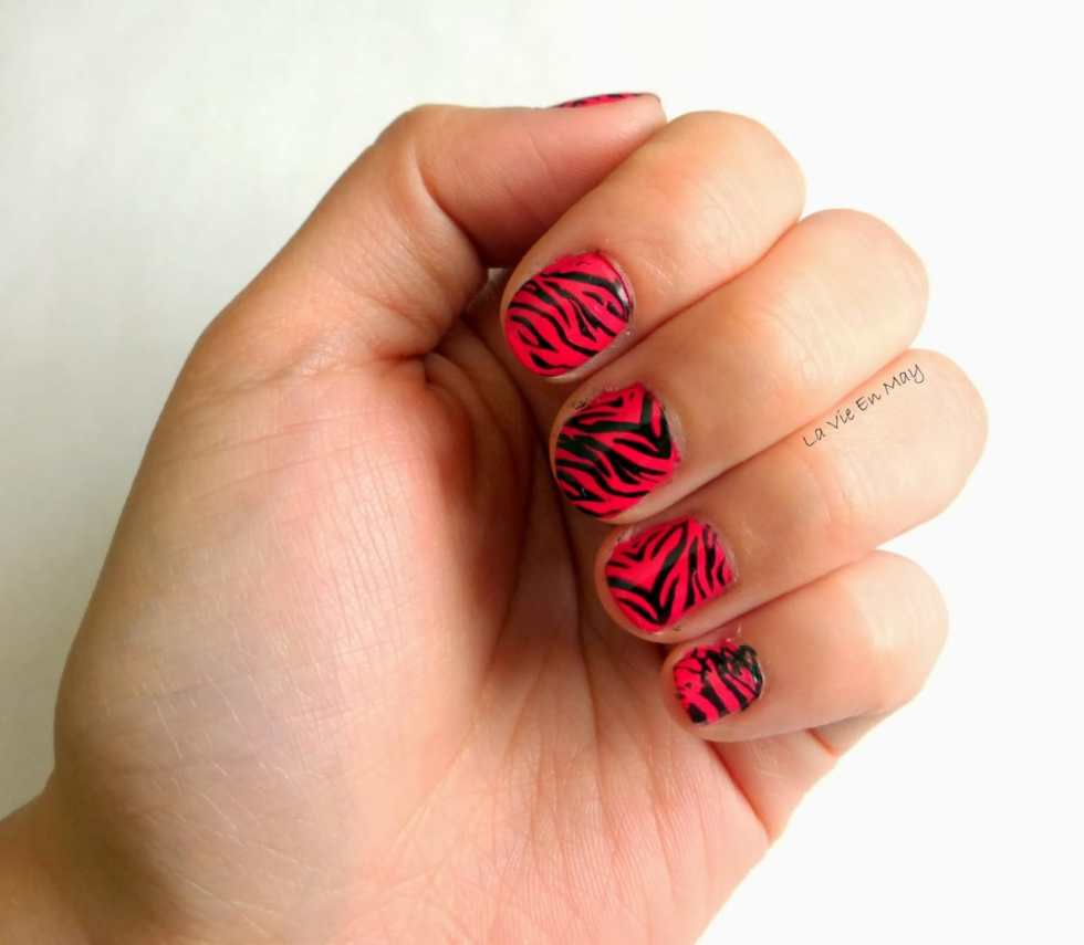 Nail Art Design: Pink Zebras on Katie Crafts; http://www.katiecrafts.com