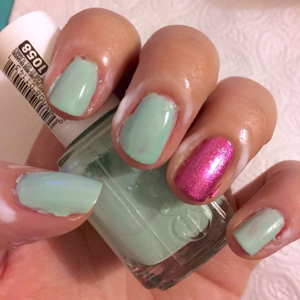 Mint & Pink Abstract Floral Nail Art Design by Katie Crafts; http://www.katiecrafts.com