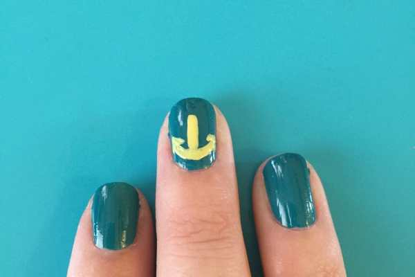 Anchors Nail Art Design by Katie Crafts; https://www.katiecrafts.com