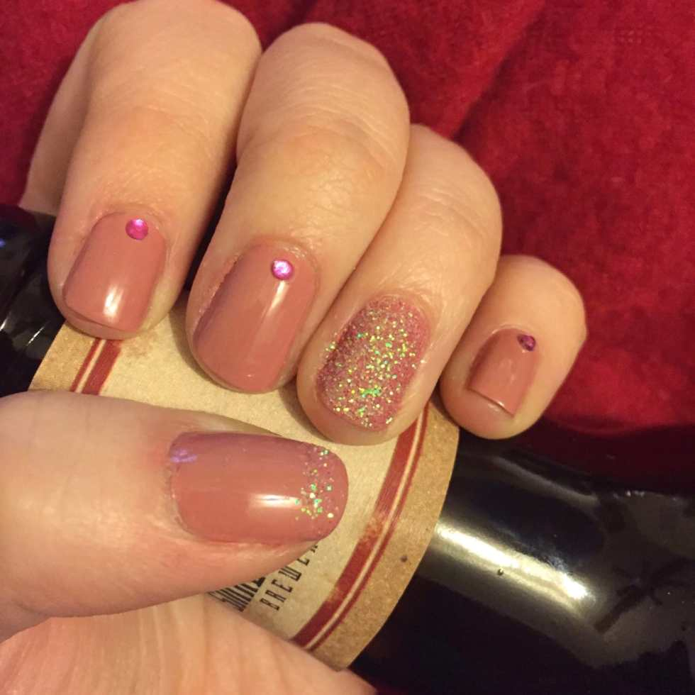 Glittering Valentine's Day Nails, tutorial from Katie Crafts; http://www.katiecrafts.com