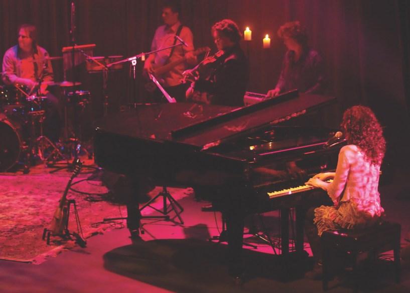 Image of a Katie de Veau performance