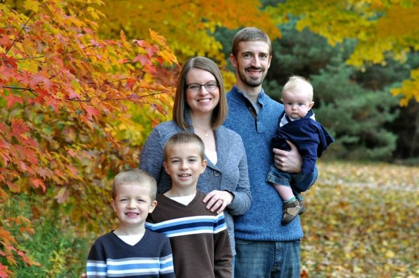 Katie M. Reid Photography famiy fall picture