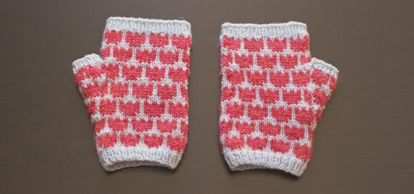 Tulip Mitts Test Knit