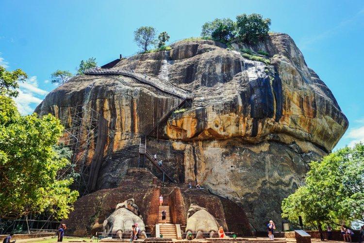 Image of the top half of Sigiriya Rock in Sri Lanka from the lion's feet platform half way up