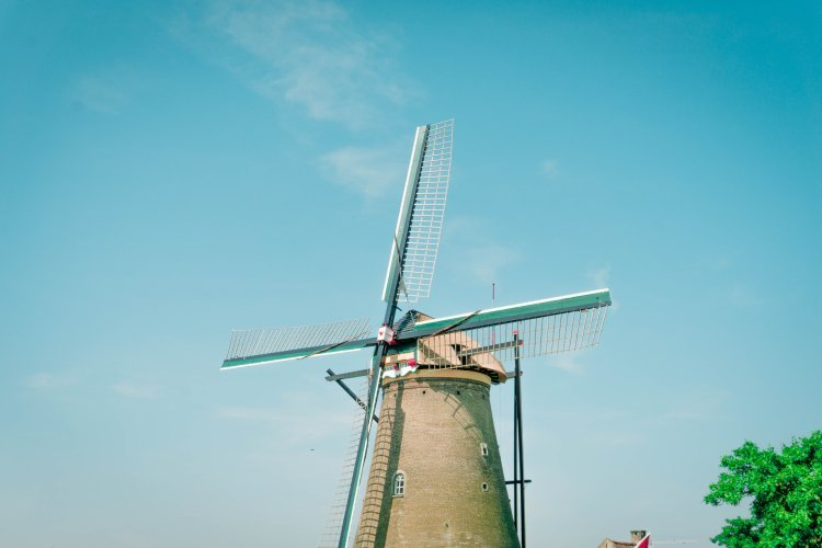 Image of close up of windmill in Kinderdijk