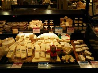Lippe at the cheese counter