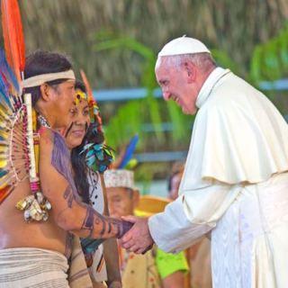 Nästan en halv miljon människor tillhör ursprungsbefolkningen i den peruanska delen av Amazonas.