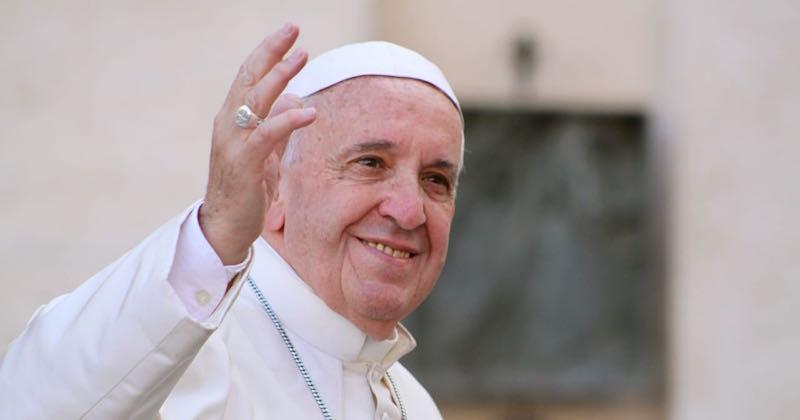 https://i0.wp.com/www.katolsktmagasin.se/wp-content/uploads/2018/03/il_papa.jpg