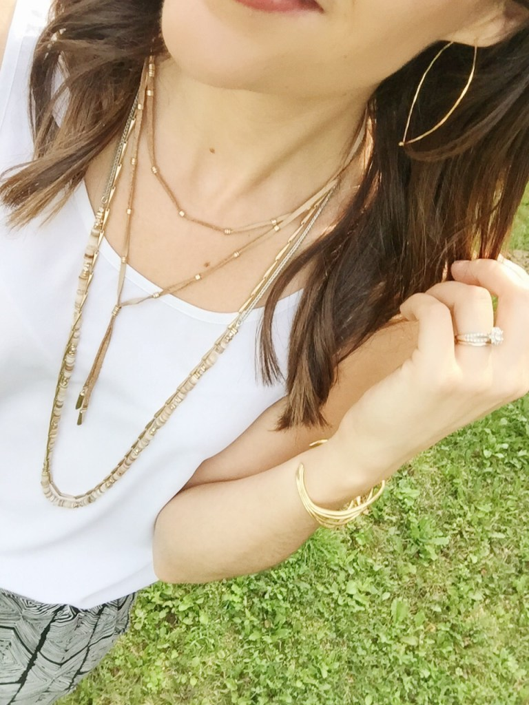 jewellery accentuates a casual look 5x5 style challenge