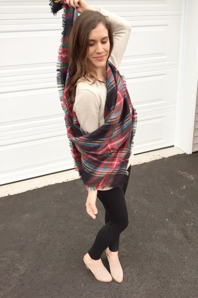 how to tie a blanket scarf - the chic wrap - wrap around your back