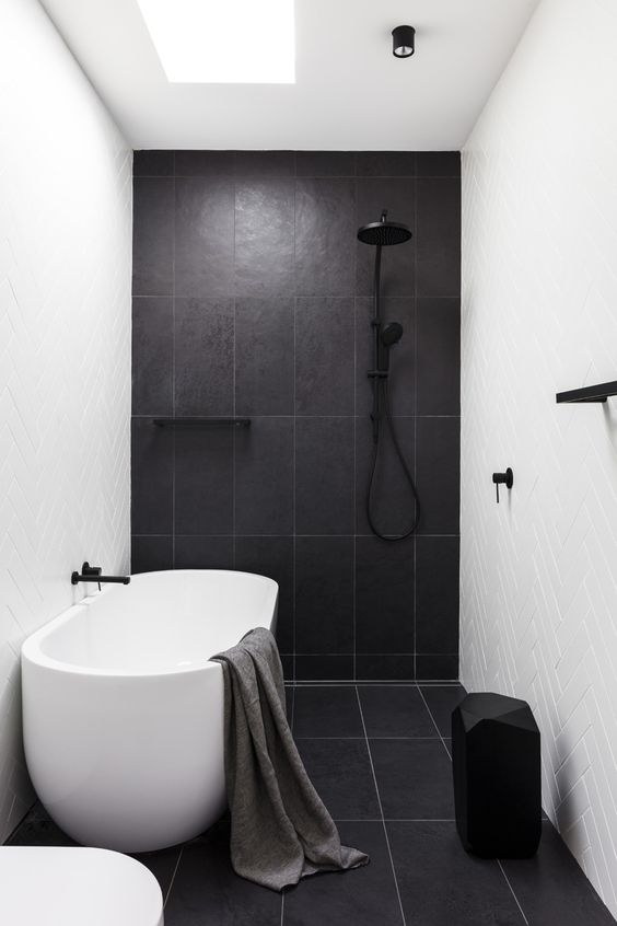 Shower and bath combined wet room
