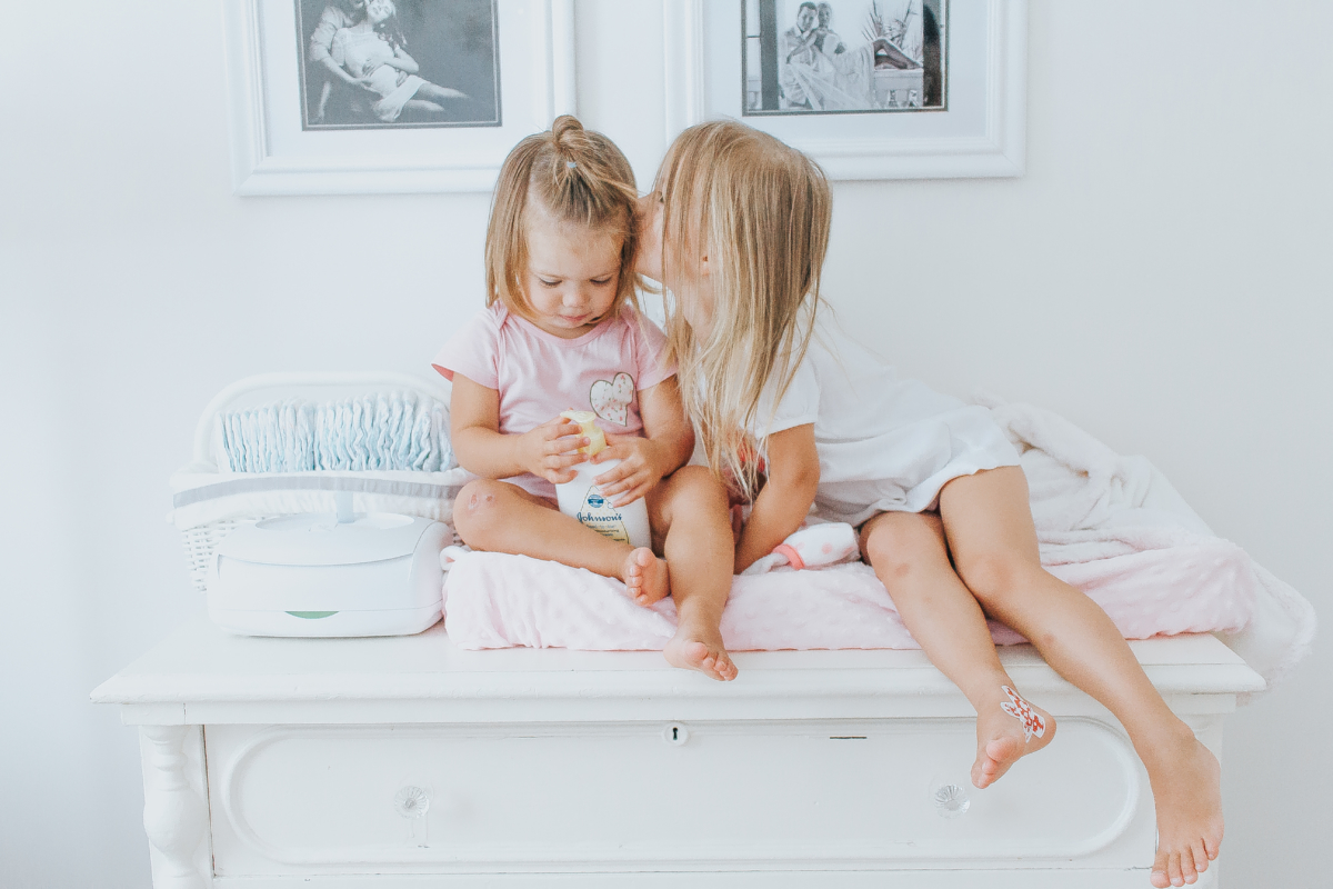 Bath Time Routine for Toddler Siblings   Katusha Henderson Blog